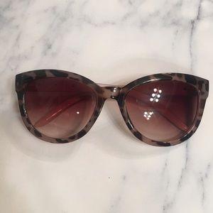Jones NY sunglasses